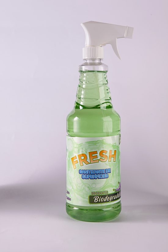 Sanitizante de superficies y ambiental biodegradable canela